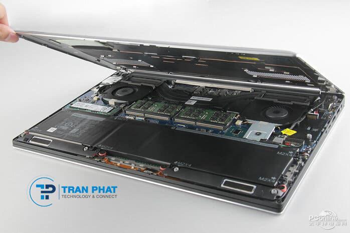 Cấu hình mạnh mẽ của Dell XPS 15 7590