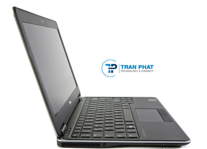 Cổng giao tiếp mặt trái Dell Latitude E7240