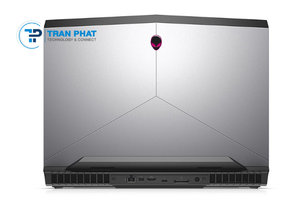 dell-gaming-alienware-17r5_1622436997.png
