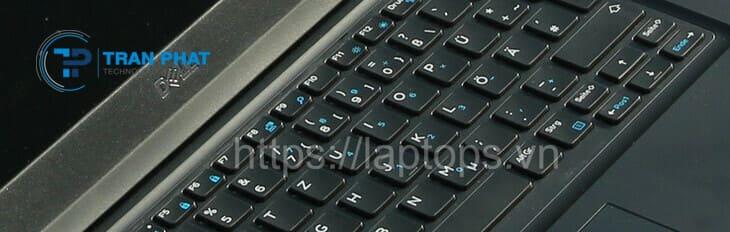Bàn phím và touchpad của Dell Latitude E5490