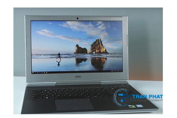 laptop dell vostro 7570 có màn hình rộng