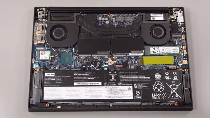 Tháo rời laptop Thinkpad p52
