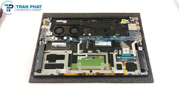 XPS 9380 (2019) RAM GB và thẻ nhớ SSD 256 GB