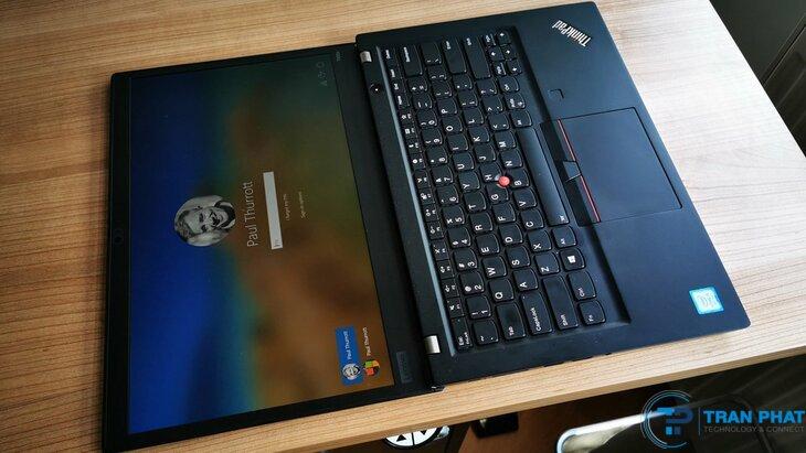thiết kế laptop thinkpad t490s