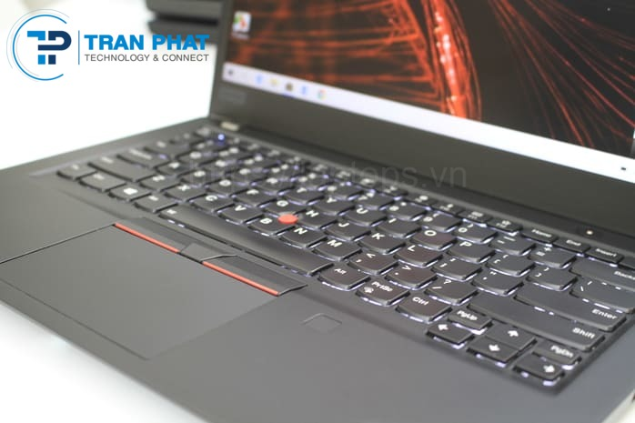 touchpad-and-keyboard-thinkpad-t480s-laptop-tran-phat_1600163897.jpg
